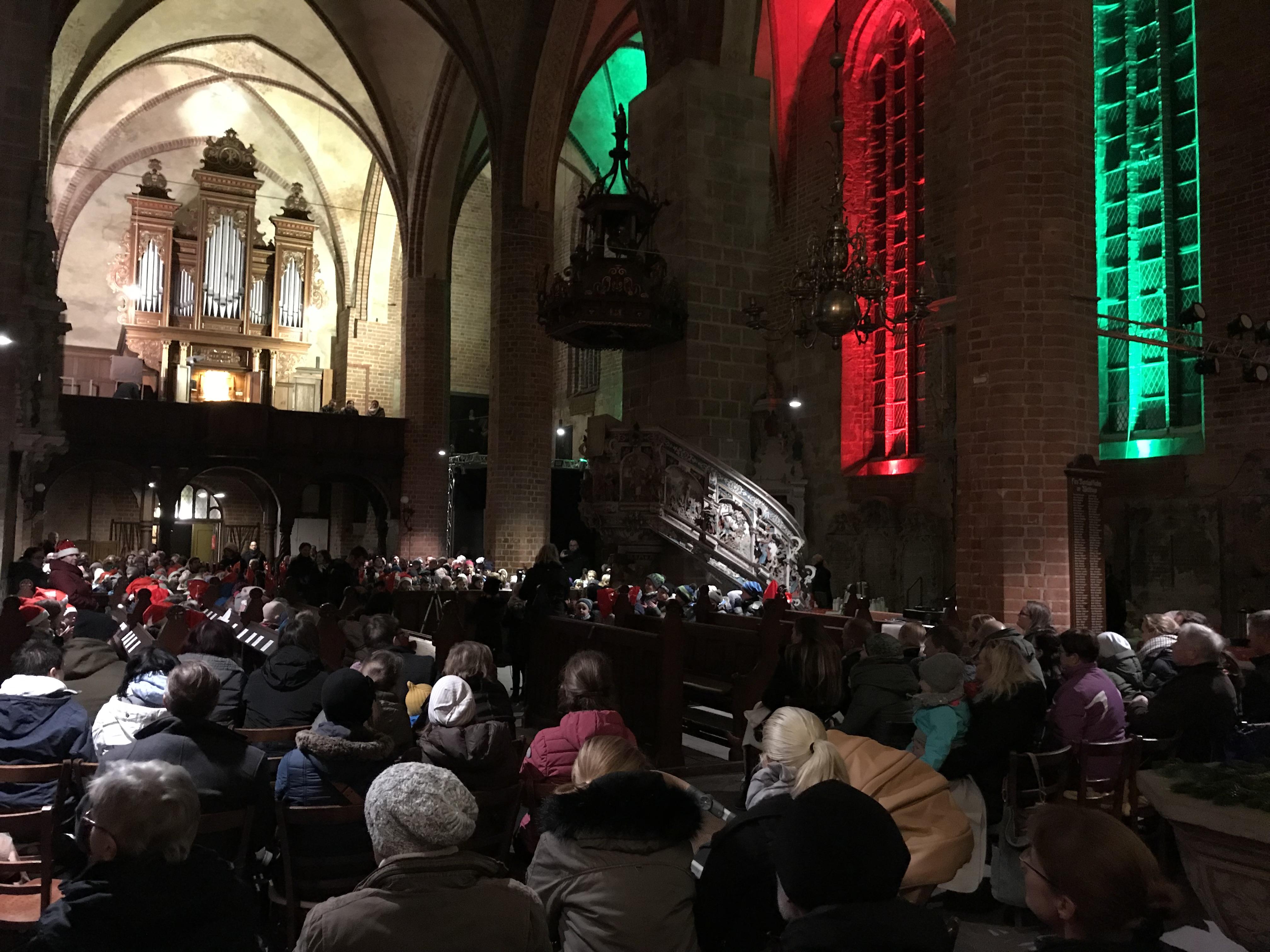 Weihnachtslieder In Englischer Sprache.Weihnachtssingen Bilinguale Grundschule Altmark